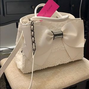 NWT Betsey Johnson all white bow purse